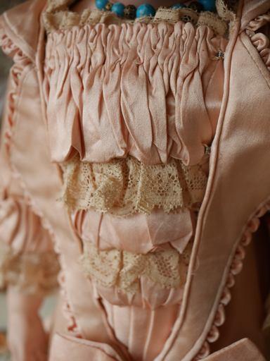 ドレス胸アップ.jpg